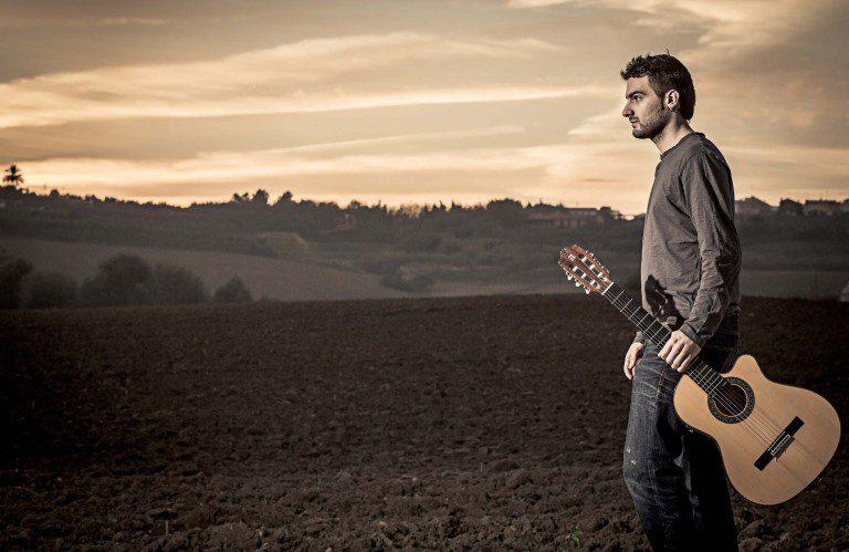 """Escucha """"Dale"""", el nuevo sencillo de Sergio Labandón"""