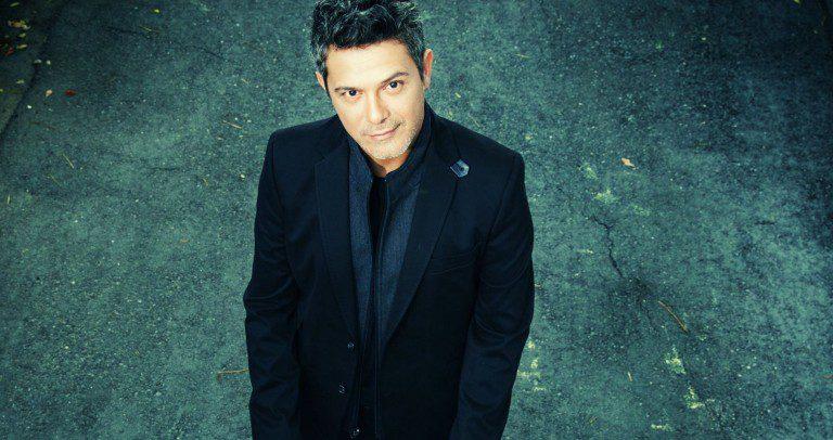 """Alejandro Sanz anuncia el lanzamiento de """"Sirope Live"""""""