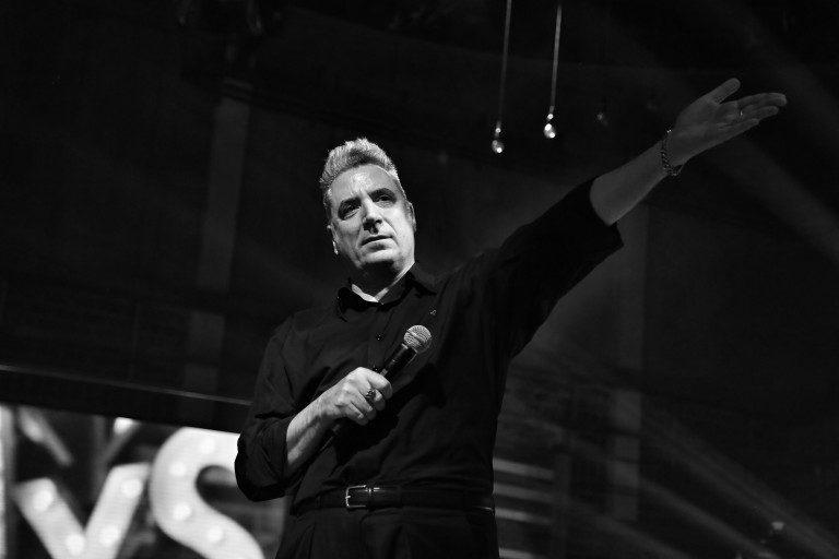 Loquillo presenta su nuevo álbum y anuncia un concierto para la historia