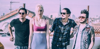 Entrevista-Jenny-And-The-Mexicats-Frenético-Ritmo-1