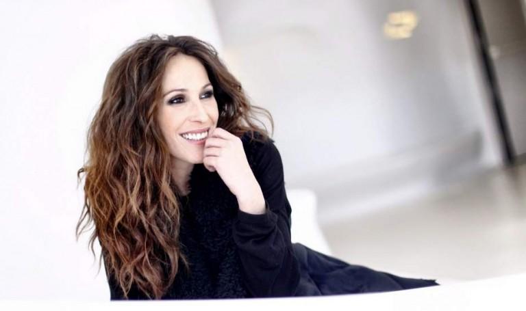 """Malú estrena el videoclip de """"Encadenada a ti"""""""
