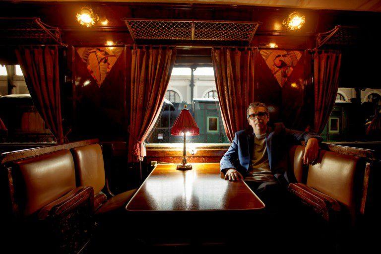 """Pedro Guerra lanza """"Márgenes"""", como adelanto de su LP """"Arde Estocolmo"""""""
