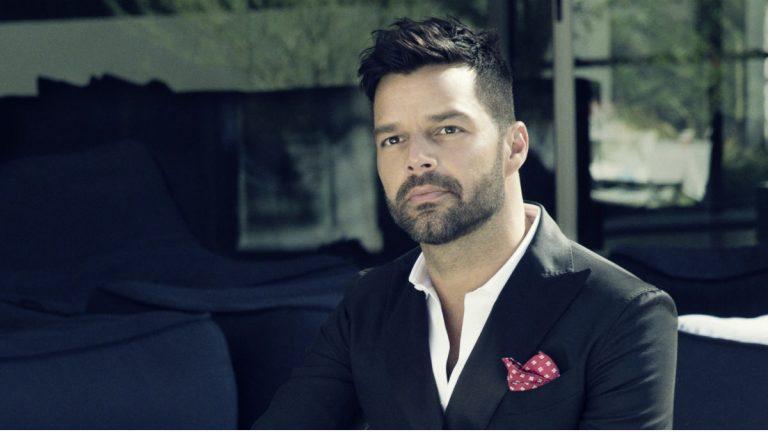 """Ricky Martin estrena la versión urbana de """"Perdóname"""""""