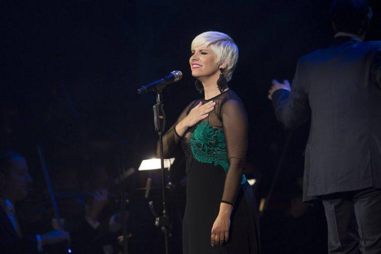 """Pasión Vega estrena su nuevo single """"María la Portuguesa"""""""