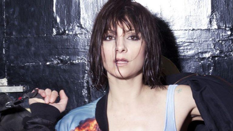 Najwa Nimri pone voz a las fantasias sexuales de Kase.O