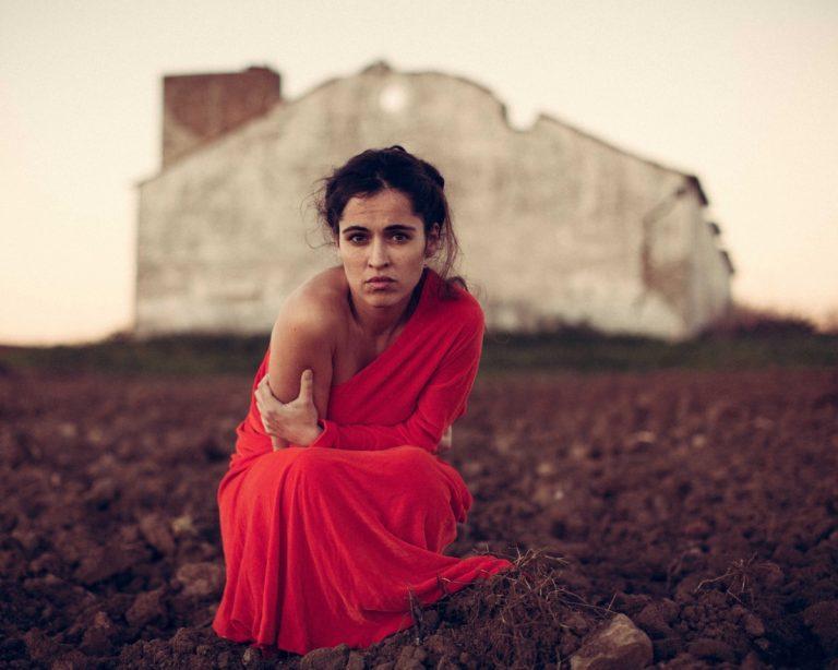 """Silvia Pérez Cruz estrena el videoclip de """"No Hay Tanto Pan"""""""