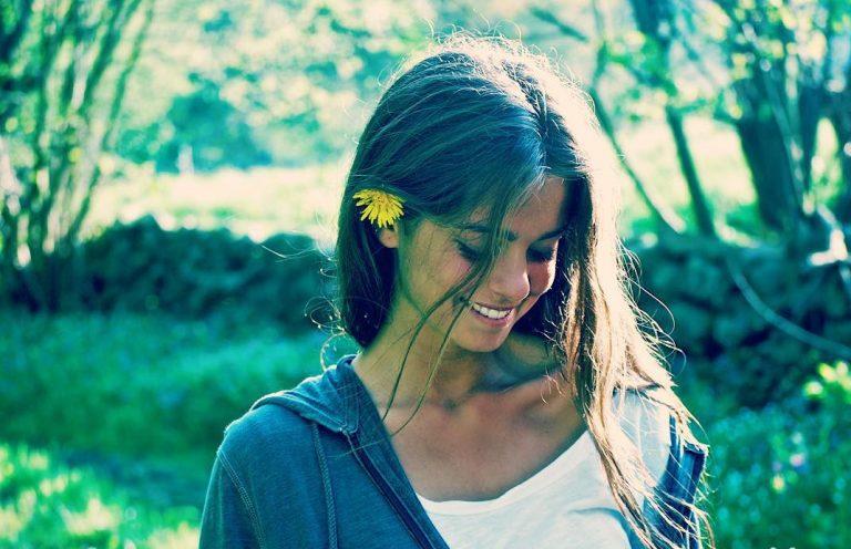 Sofia Ellar, la canción de autor con alma de folk