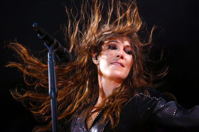 """Malú presenta el videoclip de su último single """"Cenizas"""""""