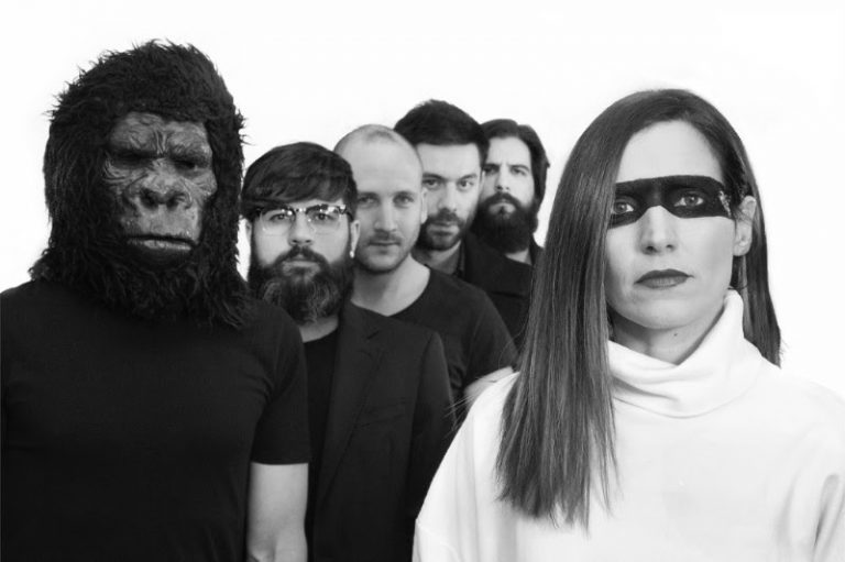 Elyella lanza su nuevo single en colaboración con Viva Suecia