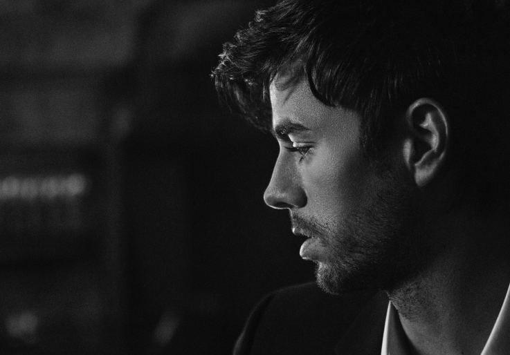 """Enrique Iglesias lanza un EP con cinco remixes de """"El baño"""""""