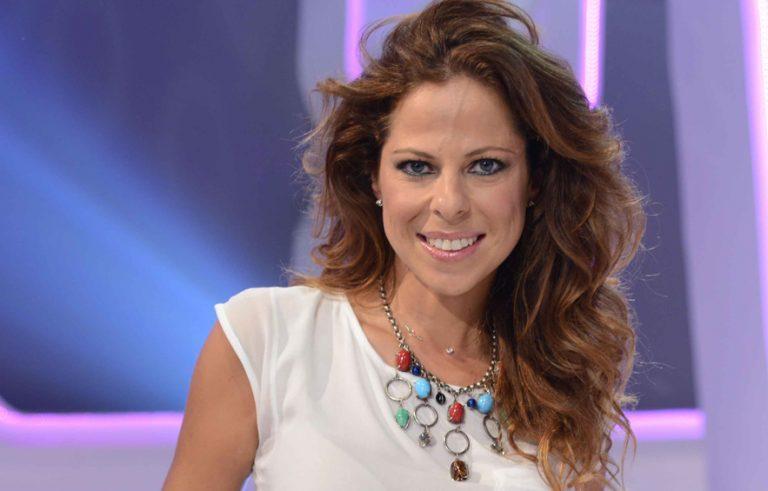 Pastora Soler recibe la Medalla de Andalucía 2019