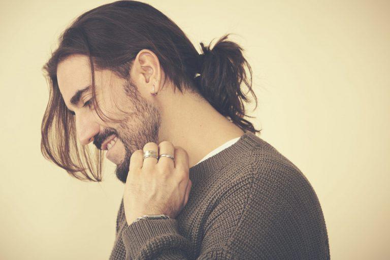 Andrés Suárez publica su octavo álbum de estudio, de título homónimo